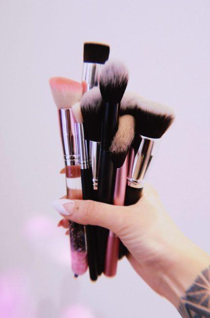 Arma tu tocador de maquillaje